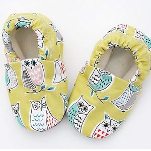 Other - Yellow Owl Organic Baby Crib Shoe Moccasins 9-12mo